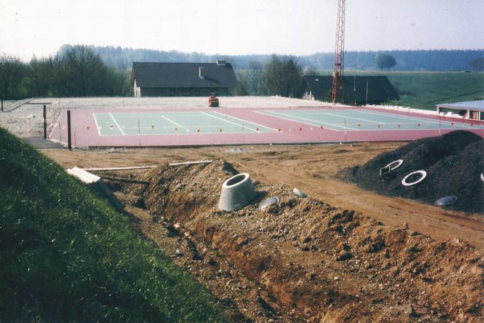 Bau Tennisanlage 08