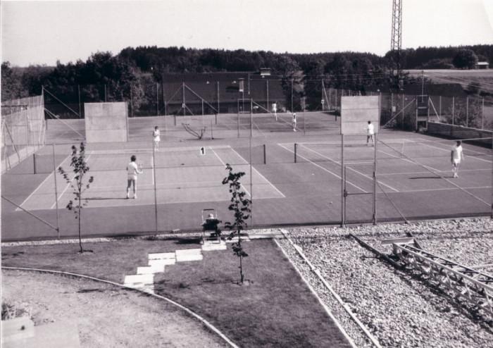 Bau Tennisanlage 11